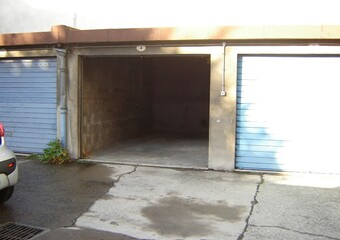 Location Garage 18m² Grenoble (38000) - photo