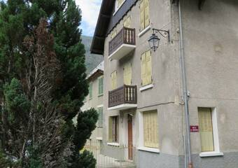 Sale House 16 rooms 260m² Vénosc (38520) - photo