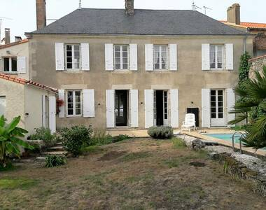 Sale House 5 rooms 166m² Legé (44650) - photo