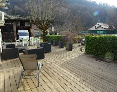 Sale House 6 rooms 140m² Saint-Martin-d'Hères (38400) - photo