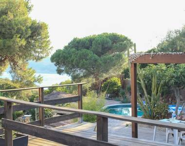 Sale House 171m² Hyères (83400) - photo