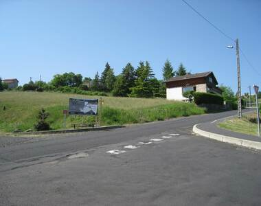 Vente Terrain 702m² Le Puy-en-Velay (43000) - photo