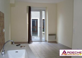 Location Appartement 4 pièces 70m² Chomérac (07210) - Photo 1