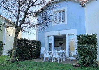 Sale House 3 rooms 45m² talmont st hilaire - Photo 1