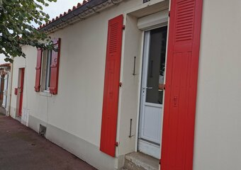 Sale House 3 rooms 90m² talmont st hilaire - Photo 1