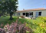 Sale House 5 rooms 114m² st etienne du bois - Photo 1