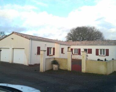 Sale House 10 rooms 188m² st vincent sur graon - photo