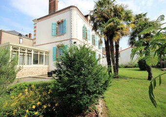 Sale House 7 rooms 174m² rocheserviere - photo