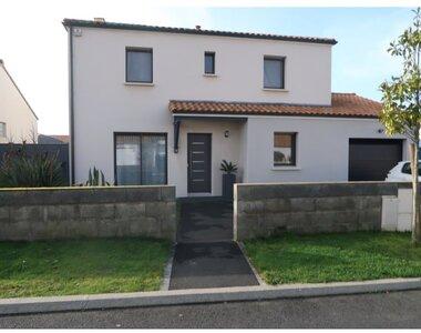 Location Maison 7 pièces 130m² Le Bignon (44140) - photo