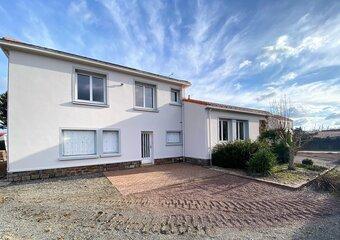 Sale House 8 rooms 163m² machecoul-saint-même - Photo 1