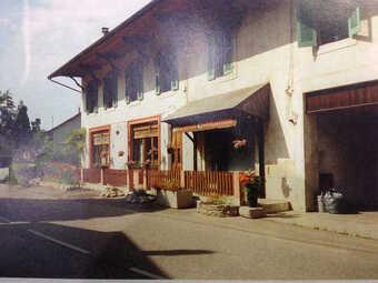 Vente Maison 20 pièces 426m² SERRIERES EN CHAUTAGNE - photo 2