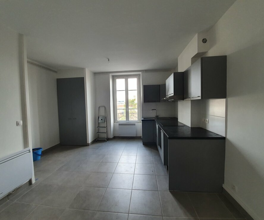 Location Appartement 3 pièces 56m² Lyon 07 (69007) - photo