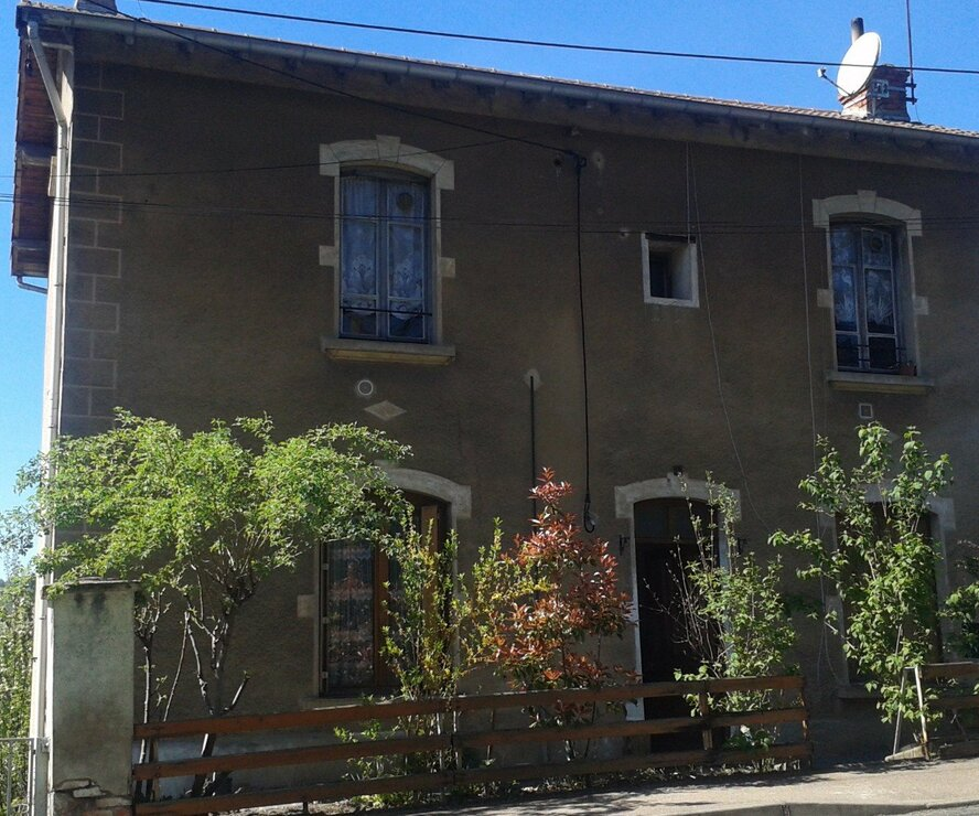 Vente Maison 8 pièces 180m² cours la ville - photo