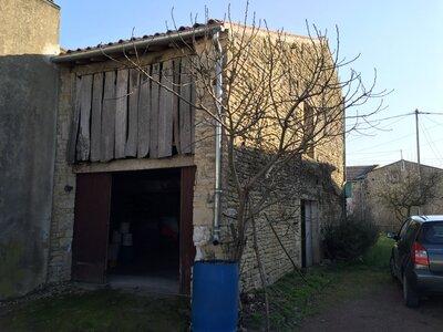 Vente Maison 7 pièces 184m² st hilaire la palud - Photo 2