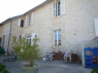 Vente Maison 6 pièces 200m² Courçon (17170) - photo