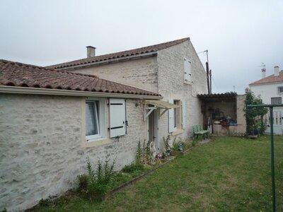 Vente Maison 5 pièces 84m² Courçon (17170) - photo