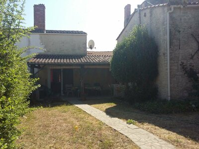 Vente Maison 9 pièces 250m² la greve sur mignon - Photo 1