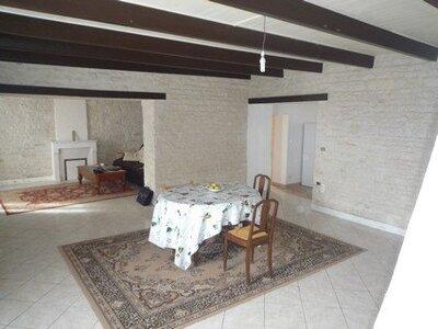 Vente Maison 6 pièces 155m² st jean de liversay - Photo 2