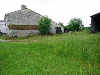 Vente Maison 1 pièce 180m² Saint-Georges-du-Bois (17700) - Photo 2