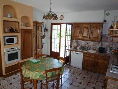 Vente Maison 7 pièces 210m² Courçon (17170) - Photo 4