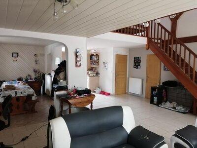 Vente Maison 6 pièces 136m² taugon