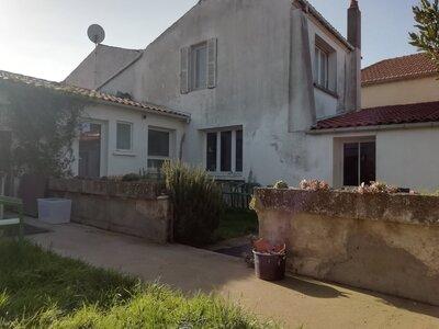 Vente Maison 7 pièces 142m² lagord - Photo 1