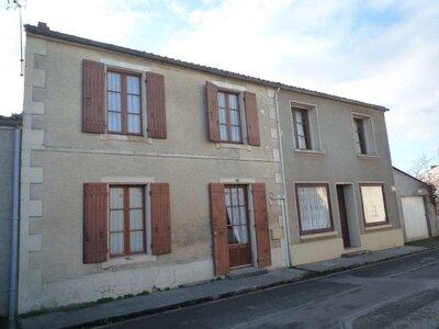 Vente Maison 5 pièces 124m² Le Gué-d'Alleré (17540) - photo