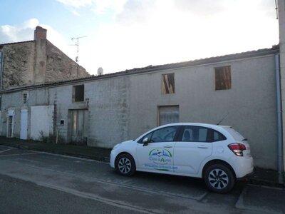 Vente Maison 4 pièces 104m² Le Gué-d'Alleré (17540) - photo