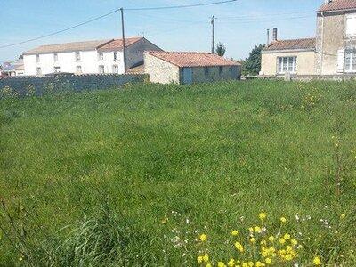 Vente Terrain 370m² Saint-Jean-de-Liversay (17170) - Photo 1