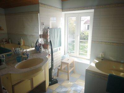 Vente Maison 8 pièces 188m² st jean de liversay - Photo 9