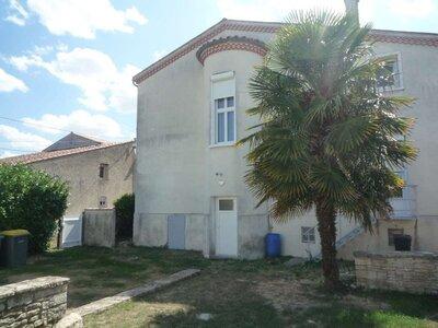 Vente Maison 10 pièces 160m² Courçon (17170) - Photo 10