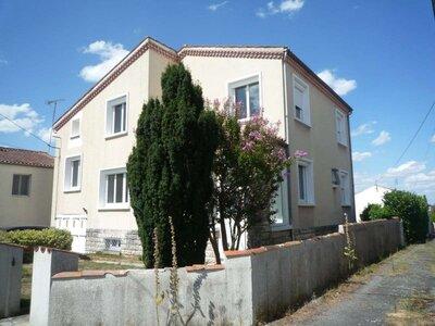 Vente Maison 10 pièces 160m² Courçon (17170) - photo