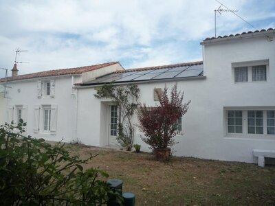 Vente Maison 6 pièces 170m² Saint-Cyr-du-Doret (17170) - photo