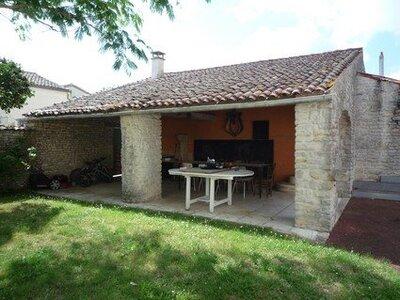 Vente Maison 8 pièces 204m² Courçon (17170) - Photo 4