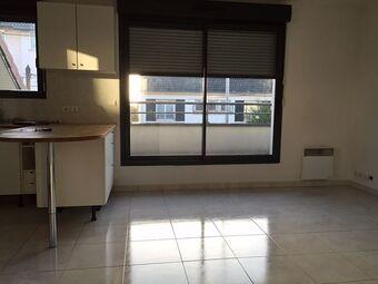 Location Appartement 2 pièces 37m² Savigny-sur-Orge (91600) - Photo 1