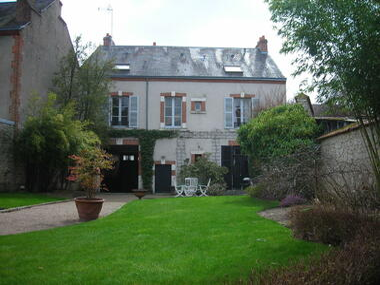 Vente Maison 10 pièces 243m² Orléans (45000) - photo