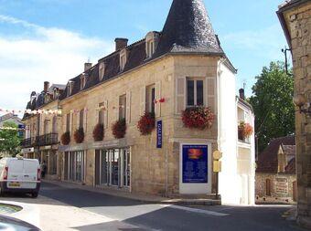Vente Immeuble 10 pièces 450m² Saint-Cyprien (24220) - photo