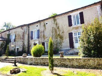 Vente Maison / Propriété 10 pièces 400m² Péreuil (16250) - photo