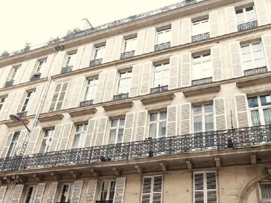 Vente appartement 5 pi ces paris 08 75008 372228 for Vente appartement atypique 75008