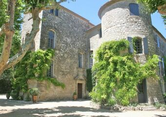 Vente Maison / Propriété 15 pièces 900m² Saint-Chaptes (30190)