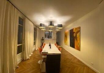Location Appartement 7 pièces 220m² Paris 08 (75008)