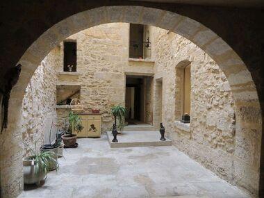 Vente Maison / Propriété 10 pièces 350m² Carpentras (84200) - photo