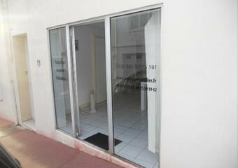 Location Commerce/bureau 25m² Royan (17200) - photo