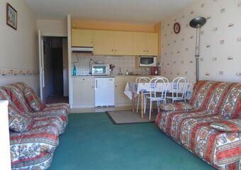 Renting Apartment 1 room 25m² Vaux-sur-Mer (17640) - Photo 1