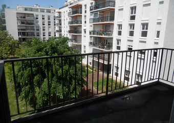 Renting Apartment 1 room 24m² Royan (17200) - Photo 1
