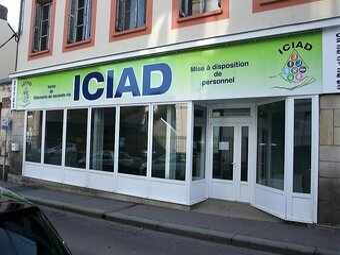 Location Fonds de commerce 104m² Bolbec (76210) - photo
