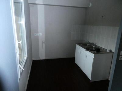 Location Appartement 3 pièces 70m² Douai (59500) - Photo 2