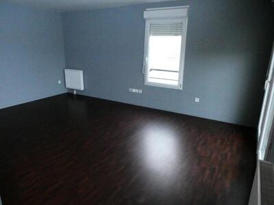 Location Appartement 3 pièces 70m² Douai (59500) - Photo 3