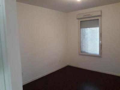 Location Appartement 2 pièces 45m² Douai (59500) - Photo 4