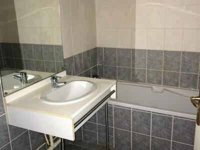 Location Appartement 2 pièces 49m² Douai (59500) - Photo 4